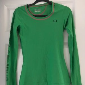 Women's long sleeved under armour tee